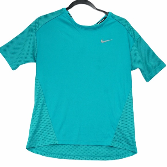 Nike dry fit small teal athletic t shirt